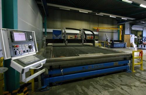 Wettersnijer machinepark: één van onze waterjet